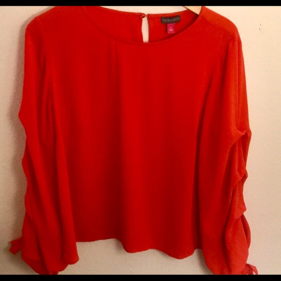 Vince Camuto Tops - VINCE CAMUTO Like new gorgeous tangerine red